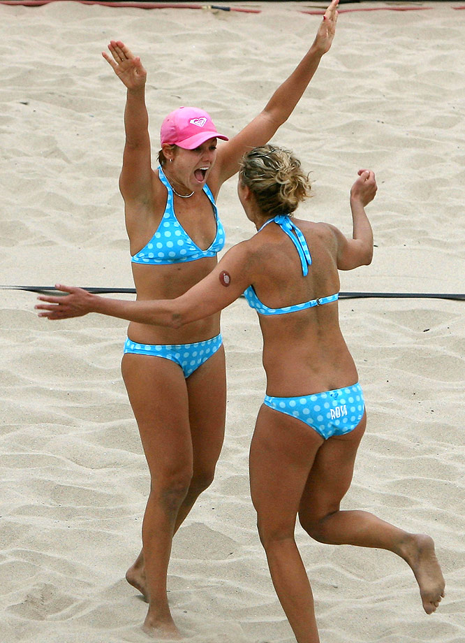 A new tandem in 2007, Boss, 29, left, and Ross, 25, are currently the fifth-ranked team on tour. Boss, 6-0, has eight second-place finishes to her credit, while Ross, 6-1, is the reigning AVP Rookie of the Year.
