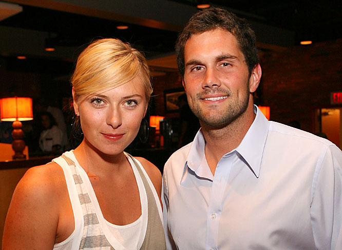 Another week, another photo of Matt Leinart with an attractive female. This time the Cardinals QB was spotted this week with Maria Sharapova at a charity event organized by Leinart.