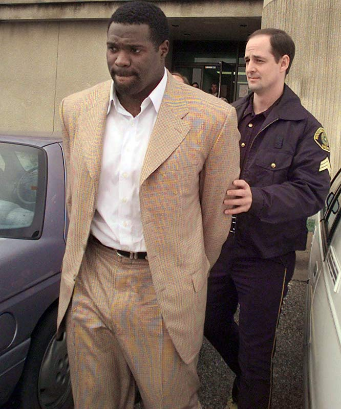 After leading the Steelers in rushing in the 1996 Super Bowl, Morris was in and out of prison. After his NFL career ended, in large part due to drug problems, Morris pleaded guilty in August 2000 to federal drug trafficking and was sentenced to 30 months in prison.