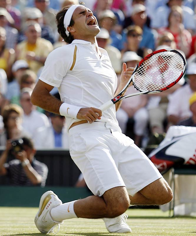 Roger Federer at the Wimbledon Tennis Championships in 2007.