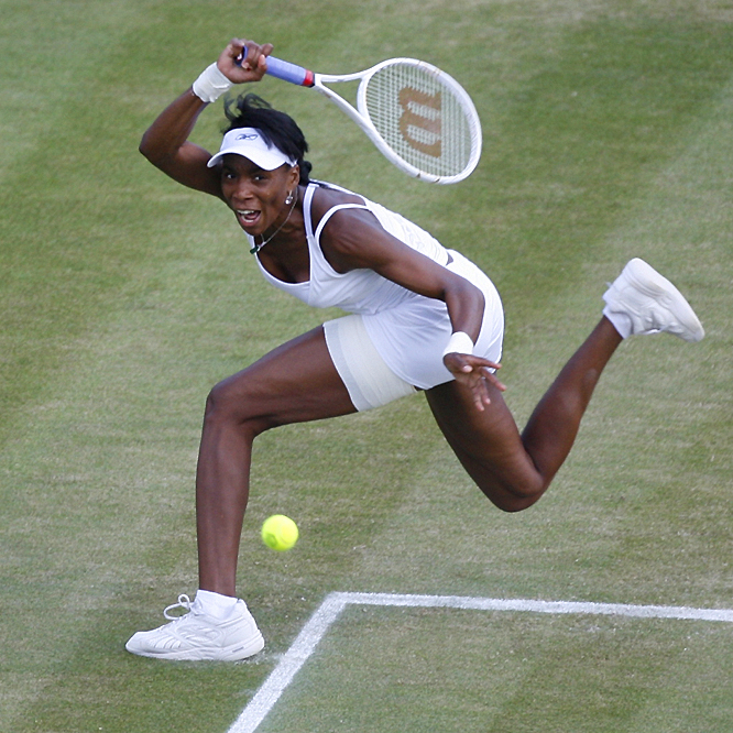 Venus Williams took it to Marion Bartoli from the start, going ahead 3-0 before Bartoli broke back with the help of a double-fault and two groundstroke errors by Williams.