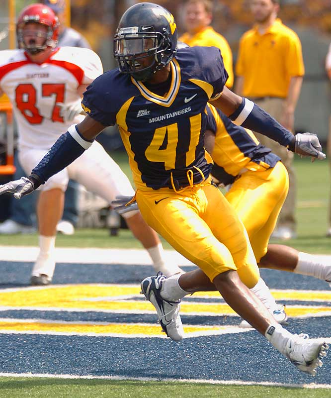 Wicks was a prolific blitzer in 2006, recording six sacks, but he's being asked to play more of a coverage role this season as West Virginia goes to a two-deep look.