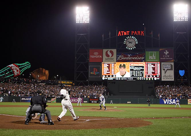 On Aug. 7, 2007, Barry Bonds became baseball's home run king, hitting No. 756 out in San Francisco. Here are SI's shots from that night.