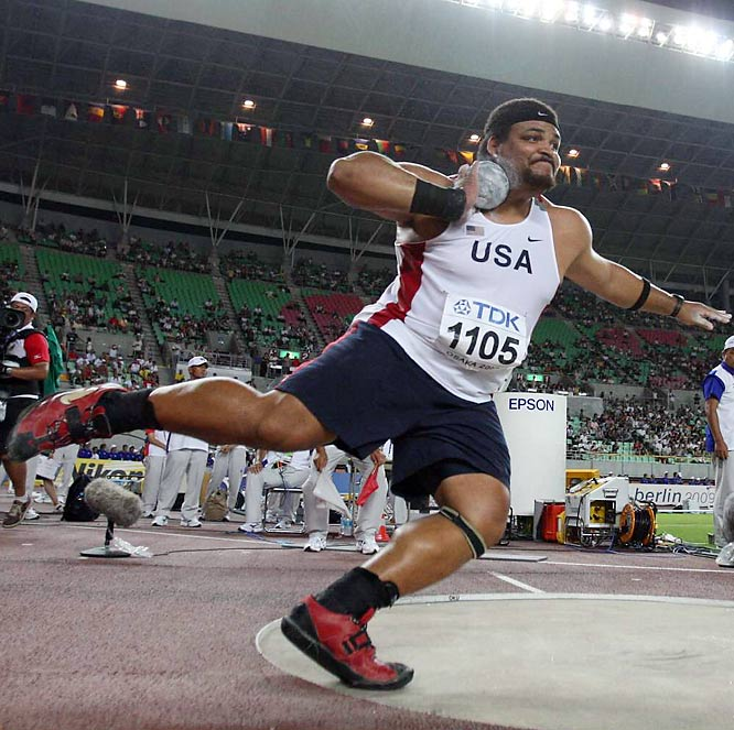 Reese Hoffa won the gold in the shot with a throw of 22.04 meters.