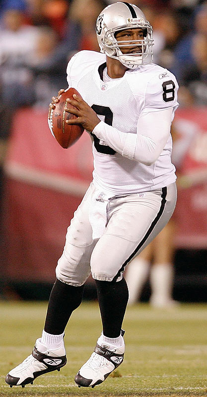 In his second outing as a Raider, Culpepper engineered two substantial scoring drives against the 49ers. All told, the strong-armed, fleet-footed quarterback completed 6 of 8 for 75 yards and two touchdown passes.