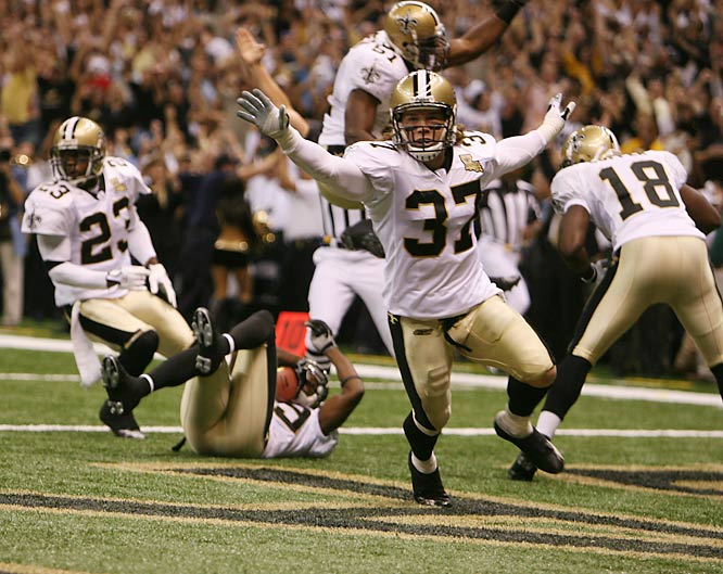 The Saints defense scored this TD off a blocked kick just 90 seconds into their home opener, and went on to beat Michael Vick's Falcons 23-3.