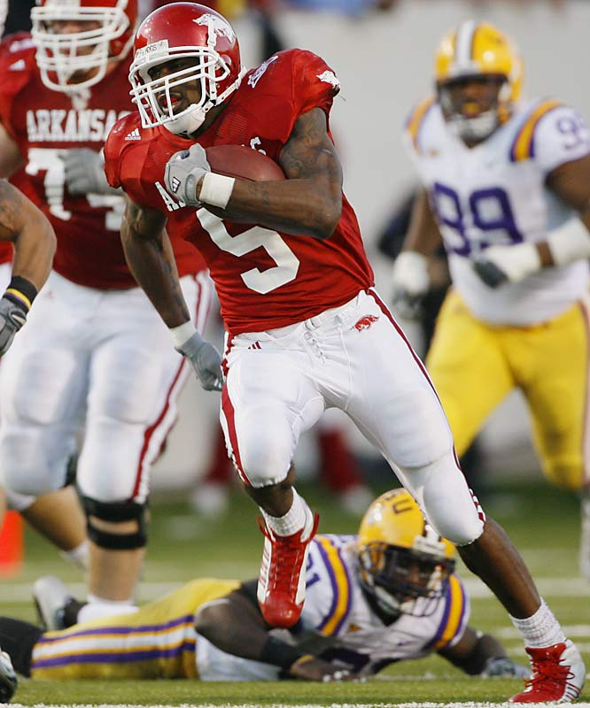 "McFadden finished second to Troy Smith in last year's Heisman race, making him a frontrunner this season. In just two years, he's amassed 2,760 yards and 25 touchdowns on the ground. Last season, he thrilled college football fans nationwide by lining up at quarterback in the ""Wildcat"" formation and throwing three touchdown passes.<br><br>Send comments to siwriters@simail.com"