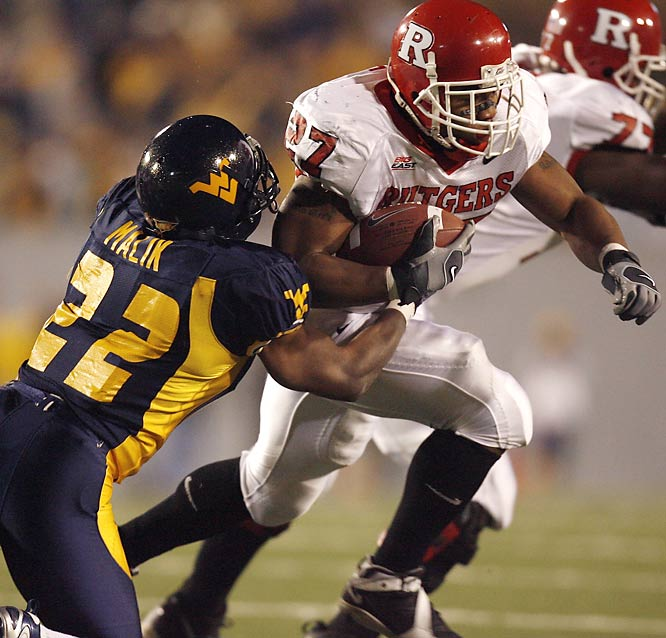 West Virginia prevailed in triple OT last year, denying Rutgers a BCS bid and giving Louisville the Big East title. This game features two of the best running backs in the country in West Virginia's Steve Slaton and Rutgers' Ray Rice.