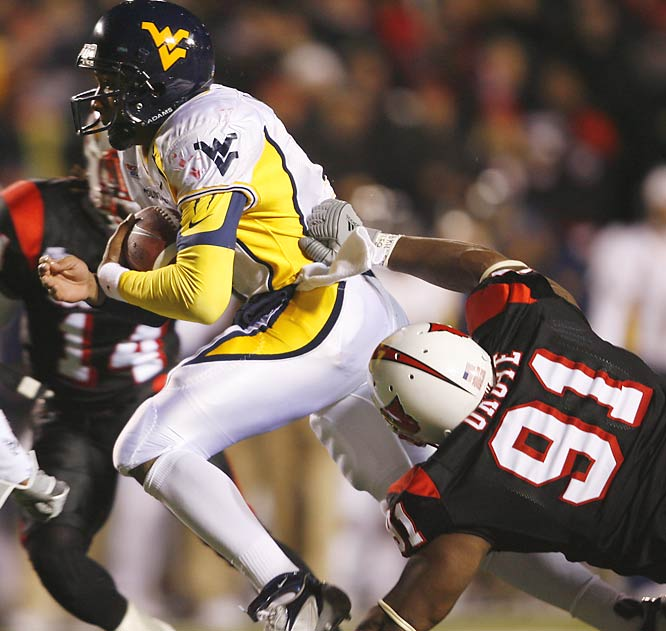 Last year, these two teams combined for 1,008 yards of total offense (a Big East record), and Louisville prevailed 44-34. There should be no shortage of offense once again, as the game boasts three true Heisman Trophy contenders (Louisville's Brian Brohm and West Virginia's Pat White and Steve Slaton).