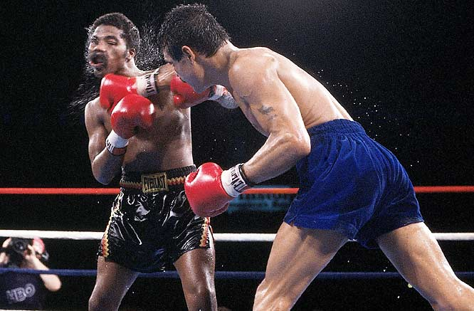 In one of the great fights of the 1980s, Aaron Pryor defeated Alexis Arguello on Nov. 12, 1982,  to retain the WBA's junior welterweight championship.
