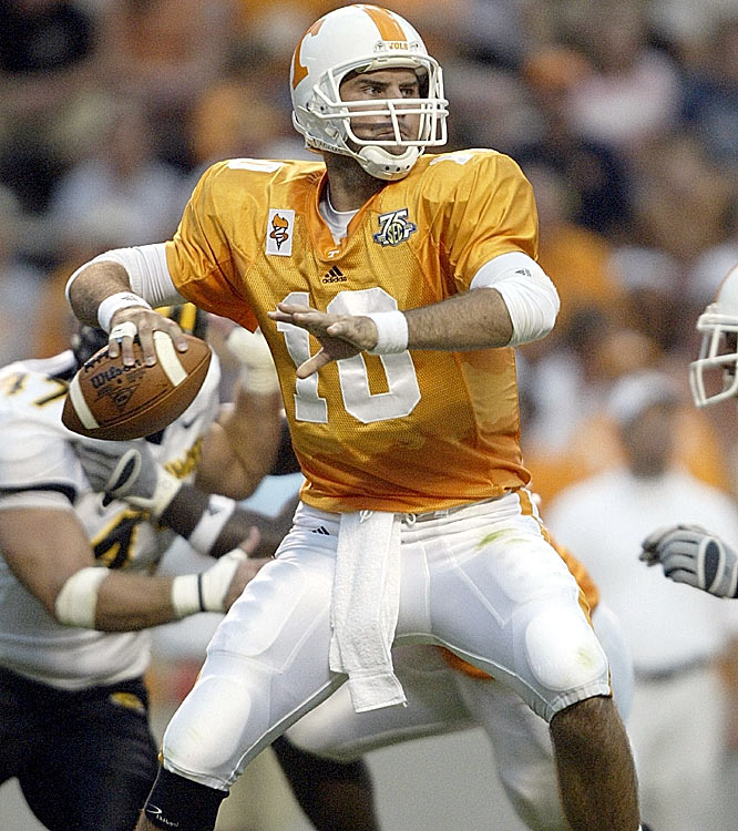 Eric Ainge helped Tennessee shake off its opening week loss by throwing for 276 yards and two touchdowns against the Golden Eagles.