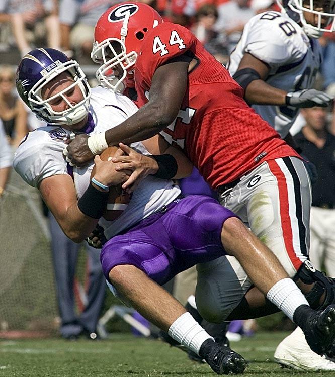 Georgia linebacker Marcus Washington helped the Bulldogs limit Western Carolina to 201 total yards.