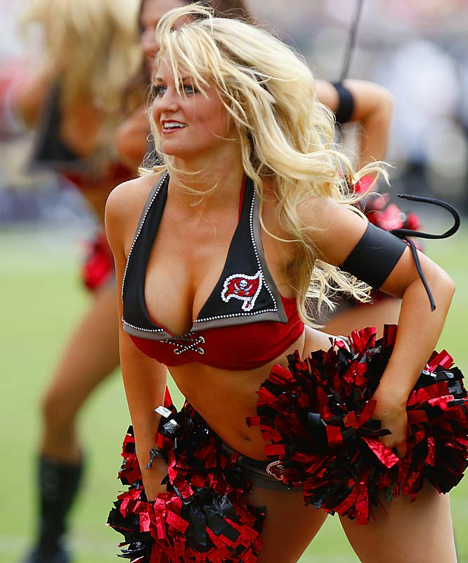 Nfl cheerleaders big titted blonde