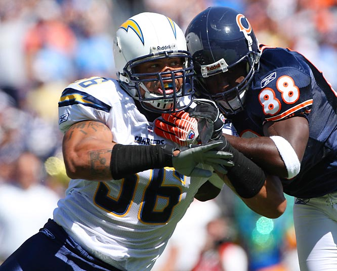 The Chargers' D was dominant last season, but after an impressive debut against a pathetic Bears' offense, this unit has fallen apart. They let up 38 points to the Patriots and 31 to the Packers. They weren't able to get consistent pressure on the QB in either game and haven't come up with enough big plays.