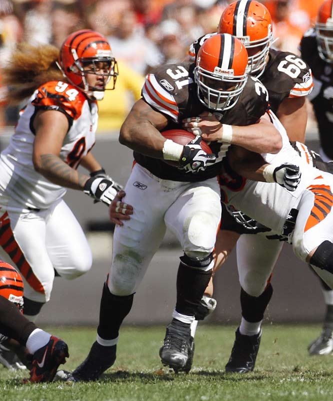 Jamal Lewis returned to his 2,000-yard form and shredded the Bengals for 215 yards and one touchdown on 28 carries.