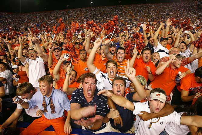 On the other hand, Auburn fans went into a frenzy after the kick.