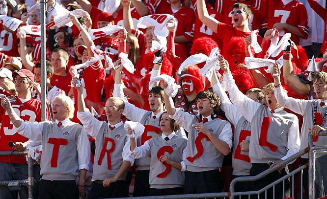 OSU fans pay homage to coach Jim Tressel.