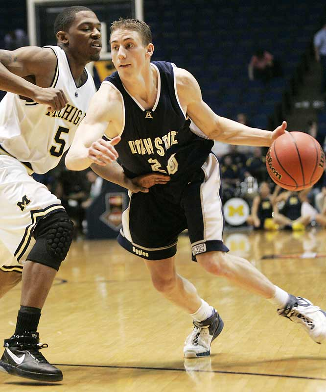 '06-07 Stats: 21.3 points, 1.8 assists, 6.3 rebounds<br><br>Since the Aggies missed the most recent NCAA tournament, Carroll comes into his senior year with a relatively low profile. He last was seen on a national stage dropping 21 points and grabbing seven boards as a sophomore in a first-round NCAA loss to Washington -- and followed up that strong showing by averaging 21.3 points and shooting 43.2 percent from long range as a junior. Carroll is probably the top mid-major gunner in the nation.