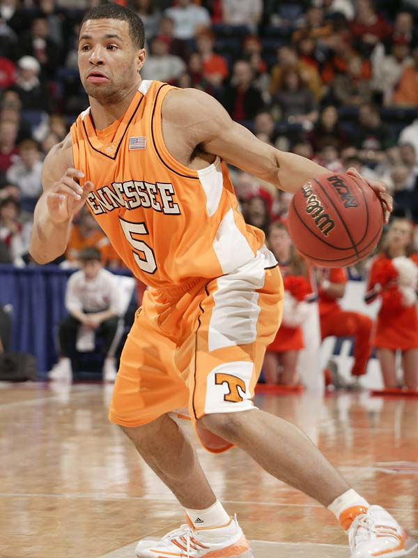 '06-07 Stats: 20.8 points, 3.1 rebounds, 1.7 assists, 41.9% three-pointers<br><br>Lofton was the most cold-blooded clutch shooter in the country last season, and he'll be tougher to double-team as a senior, now that the Vols have added frontcourt help in the form of Iowa transfer Tyler Smith. As long as Lofton's showing at this summer's Pan American Games trials was an anomaly -- he didn't look like himself, struggling to knock down threes -- he should contend for the Wooden Award.