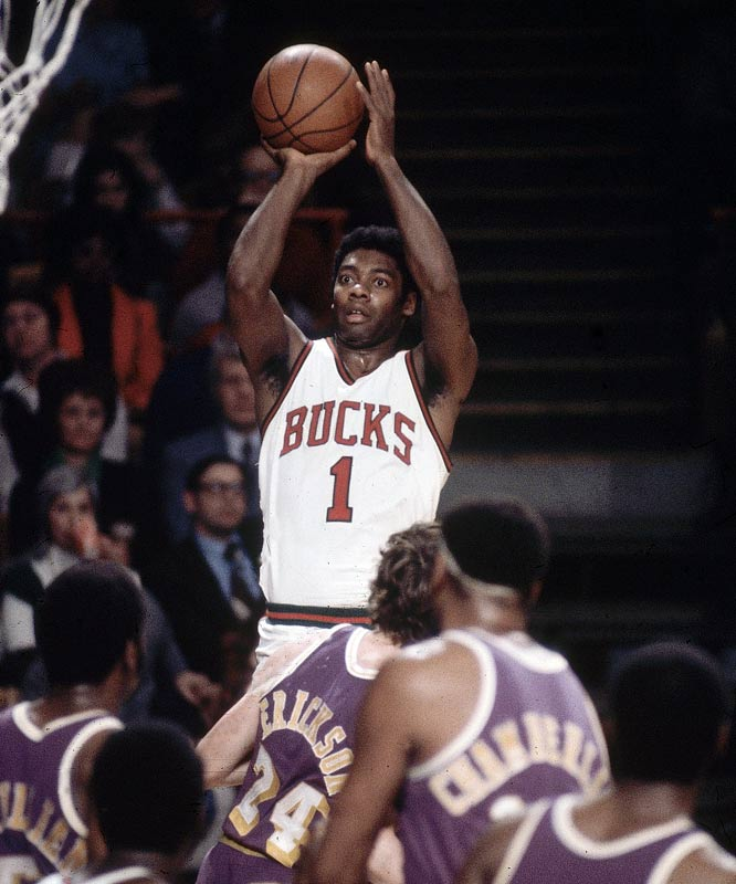On paper, it seems preposterous. Impossible. How can someone 5-3 survive and thrive in a land populated by giants who reach 7-0 and beyond? But being small of stature doesn't automatically mean coming up short on talent, as Muggsy Bogues proved. And even a giant of the game such as Oscar Robertson only seems small when you look at the cold, hard tale of the measuring tape. And now, the incredible shrinking stars: the best players, inch by inch, at 6-5 on down. Follow the link on the last frame to see those over 6-6.<br><br>Runner-ups: Elgin Baylor, Pete Maravich, John Havlicek.