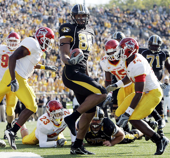 The Tigers struggled to put away the lowly Cyclones, but came away with their seventh win of the season. Iowa State held Missouri to a season-low 366 yards of offense.