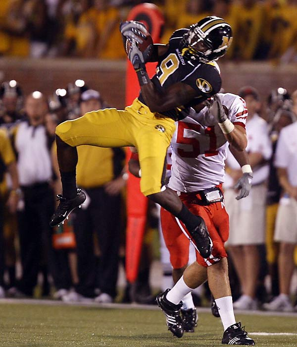 While Chase Daniel earns most of the headlines for 9-1 Missouri, Maclin is the X-factor that gives opposing coaches nightmares. The speed demon has compiled 1,949 all-purpose yards -- just 78 away from the national record for a freshman.