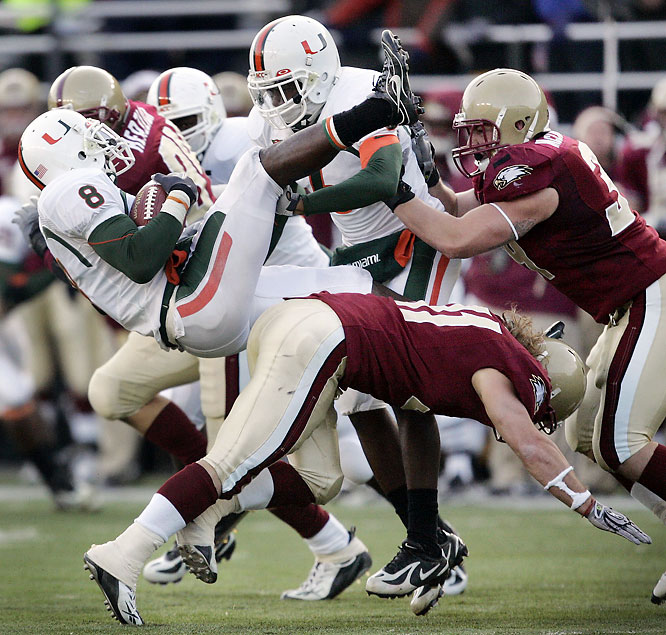 The Eagles snapped a 15-game losing streak to the Hurricanes in this tune-up for the ACC title game next week. One-time Heisman candidate Matt Ryan threw for 369 yards and three touchdowns.