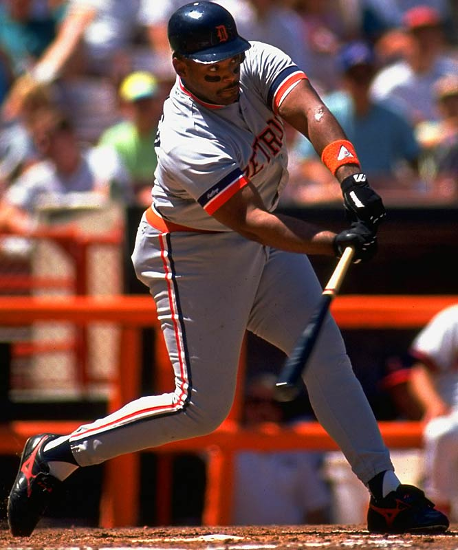 After a disappointing start to his career in Toronto, Fielder wowed Japan with the Hanshin Tigers in 1989. In '90 the Tigers wooed him back (beating out the Red Sox) with this deal. In his first year he crushed 51 homers. In his second he ripped 44. He finished second in the MVP voting both years.
