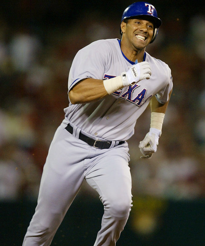 Juan Gone had spurned an eight-year, $140 million deal to stay in Detroit -- and it cost him. He tried a return to Texas before the '02 season, played in only 152 games in the two years of this deal and dropped into near oblivion after that. The cost of not signing with Detroit: About $100 million.