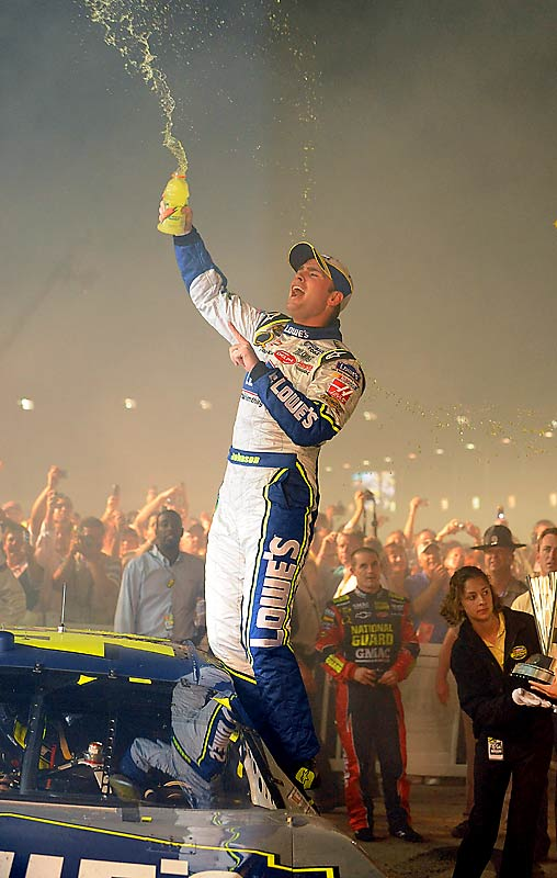 Johnson came into the Nov. 11 race at Phoenix International Raceway with a cushy 86-point lead over Gordon, and finished ahead by 77 points.