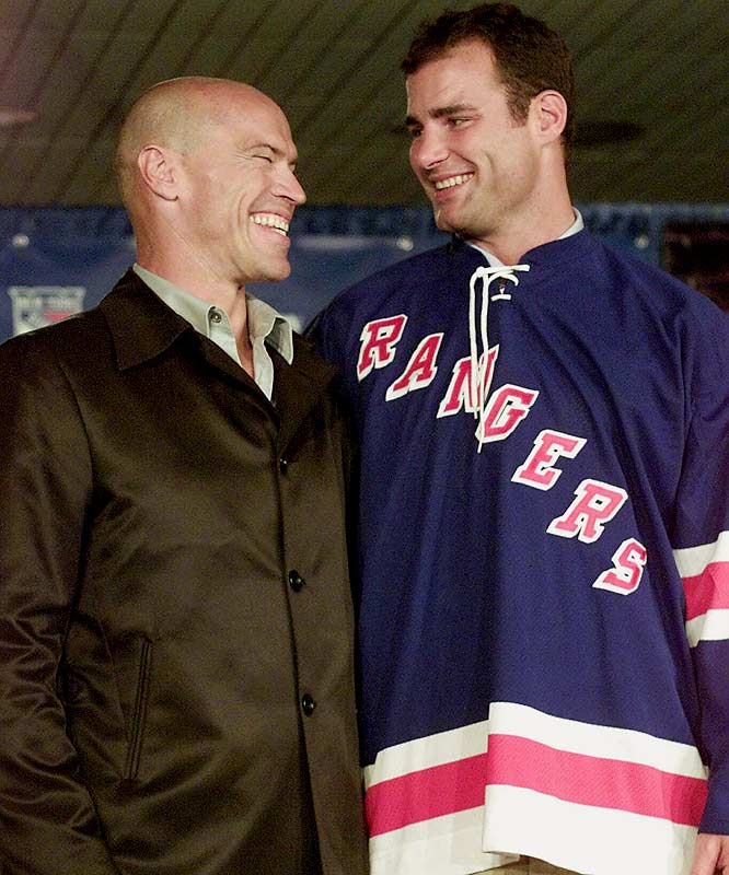 In August 2001, the Flyers finally sent Lindros to the Rangers, where he was united with his boyhood idol, Mark Messier. He scored 37 goals during his first season on Broadway and missed only one game the following season. A shoulder injury and concussion during his third campaign, as well as the team's failure to make the playoffs during his tenure, led the Rangers to decline his option.