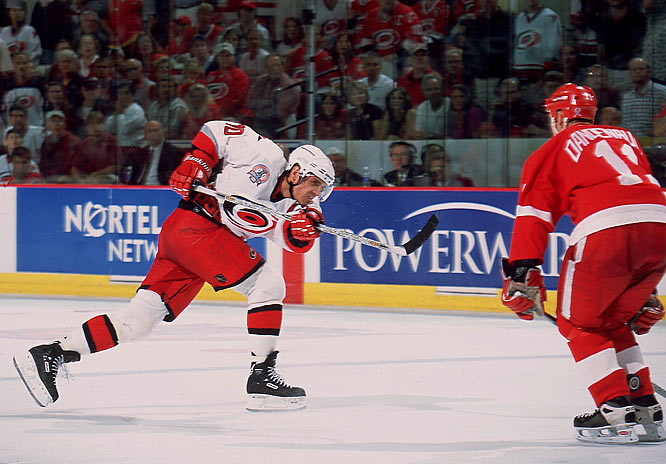After seven full seasons in Pittsburgh, during which he hit the 100-point mark twice --  including career-highs of 119 and 92 assists in 1995-96 -- Francis was signed by Carolina at age 35 in 1998. He spent five seasons with the Hurricanes, helping them reach the 2002 Stanley Cup Final, and finished his career with 549 goals, 1,249 assists (2nd all time) and 1,798 points (4th). He is now the `Canes director of player development.