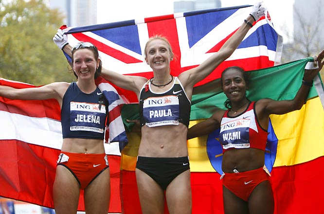 Representing their respective homelands, the top three women (from left, Jelena Prokopcuka (3rd), Paula Radcliffe (1st) and Gete Wami) are all smiles after the race.