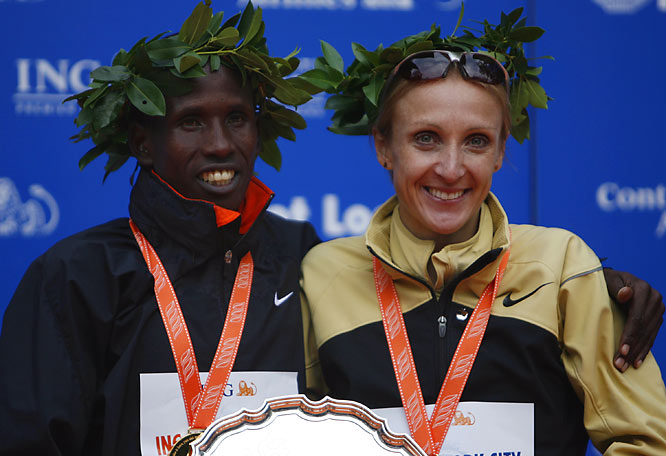 Winners of the men's and women's divisions, Martin Lel and Paula Radcliffe, share a championship moment.
