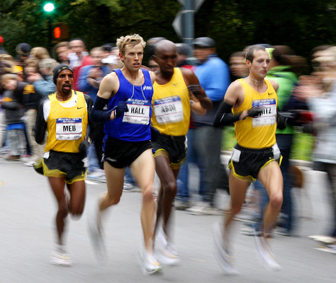 Ryan Hall pulled away from the pack around the 17-mile mark.
