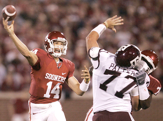 Sam Bradford passed for 284 yards and five touchdowns as the Sooners took sole possession of first place in the Big 12 South.