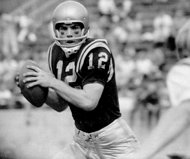 Staubach led Navy to a 9-1-0 record in 1963 before losing to Texas in the Cotton Bowl. He won the Heisman and Maxwell Trophy that season and later starred for the Cowboys in the NFL.<br><br>Runner-up: <br>Joe Namath, QB, Alabama (1962-64)