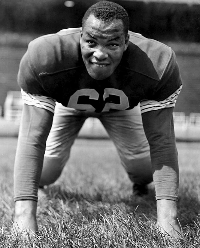 Parker started the great run of Outland winners at Ohio State when he nabbed the honor in 1956. He helped lead the way to an undefeated season and national championship in 1954.<br><br>Runner-up: <br>Charley Trippi, HB, Georgia (1942, 45-46)