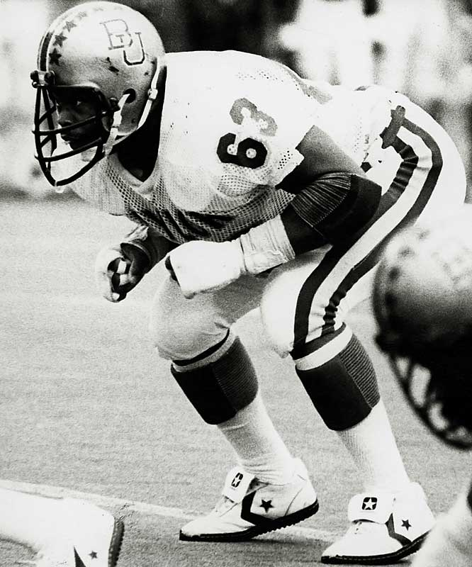 Singletary's bone-crunching tackles put him in the Baylor records books. He owns the school record for most tackles in a season (232) and most career tackles (662). In 1978 he had 35 tackles in a game against Arkansas.<br><br>Runner-up: <br>Bill Shakespeare, HB, Notre Dame (1933-35)