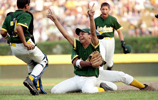 Strohmeyer's take:  The Little League World Series is always a terrific event to cover because the kids are playing for the love of the game, and it shows. That was certainly the case in 2000, when Venezuela celebrated its championship game victory over Bellaire, Texas.