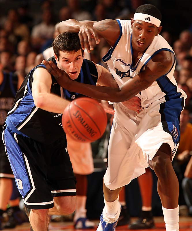 I was really pleased when I noticed the intensity captured on the faces of Duke guard J.J. Redick and Memphis forward Robert Dozier during a game I shot at Madison Square Garden.