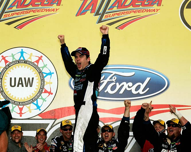 Most of the action was follow-the-leader, single-file racing ... until the end. Jeff Gordon bided his time, finally bursting through a hole no one thought existed to blow by Tony Stewart and others to become the all-time leader in restrictor plate wins.