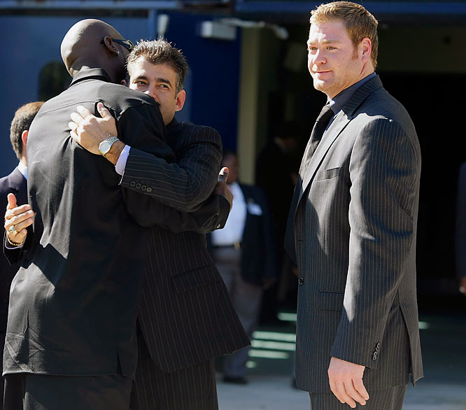 Former University of Miami and current Giants tight end Jeremy Shockey, right, and others arrive for the funeral of Sean Taylor at the Pharmed Arena of Florida International University.