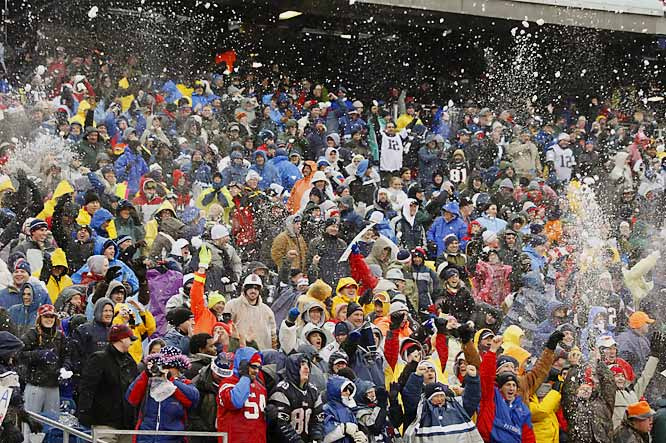On about a half-dozen occasions in the first half, fans bundled in parkas, rain slickers and Brady jerseys flung snow into the air and onto the field. Some of it, and some remarks, were aimed at the Jets' bench.With 3:55 left, the officials held up the game until fans stopped throwing snowballs.