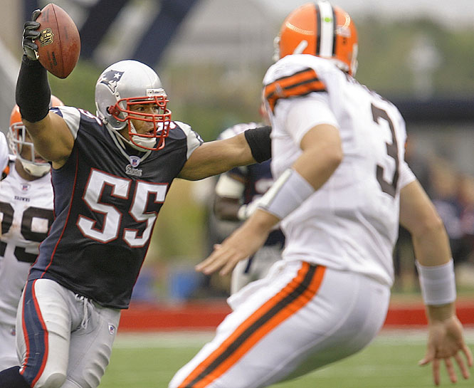 Back home in Foxborough, the Patriots showed they're not just all offense, intercepting Browns quarterback Derek Anderson (3) four times en route to a 17-point victory. Ageless linebacker Junior Seau had two of the picks as New England improved to 5-0.