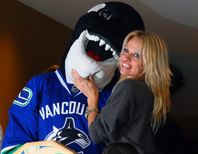 Pamela Anderson's list of recent hook ups looks like this: Tommy Lee, Kid Rock, Rick Solomon, Canucks mascot, Fin.