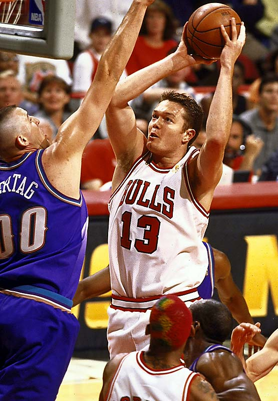 The first Australian to ever play in the NBA, Longley racked up three championship rings with the Bulls.  Before his NBA days, he starred at New Mexico.