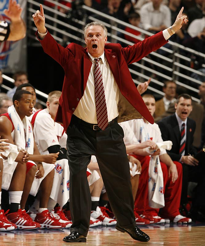 Ryan's swing offense, which the Badgers have used to contend for Big Ten titles of late, is a four-out, one-in scheme that tends to generate plenty of scoring in the paint. Opposing big men are forced to guard the perimeter in inverted sets, and defenses are hit with a steady diet of flex cuts.