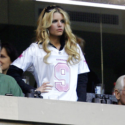 Ever since Jessica Simpson showed up to Dallas' game on Dec. 16 to support boyfriend Tony Romo, Cowboys fans and their opponents' fans have had some fun at the pop star's expense. Here's a look back at how some fans in Washington and Carolina got creative when taunting the new couple.