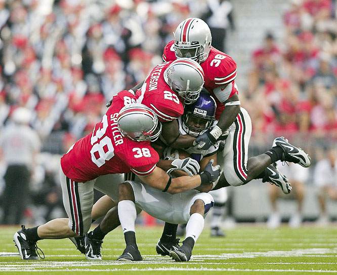 In the Buckeyes' highest-scoring effort of the season, Ohio State scored 28 points in the first quarter and never looked back. Ohio State WR Brian Robiskie caught three touchdown passes in the first half.